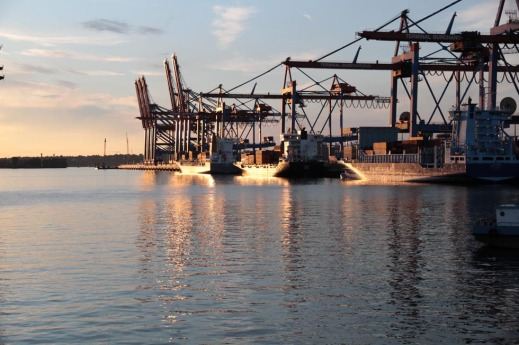 Hafen Hamburg Container-Terminal