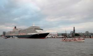 cunard day anlauf einlaufen queen elisabeth hamburg landungsbrücken