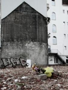 trauer um das vergangene architektur hamburg by abendfarben